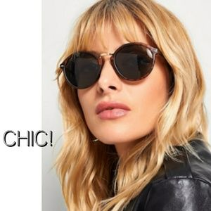 Accessories - Chic Leopard Frame Sunglasses
